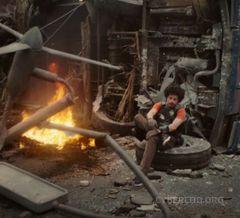 """Surprise"" - Black Ops 2 Live-Action Trailer"